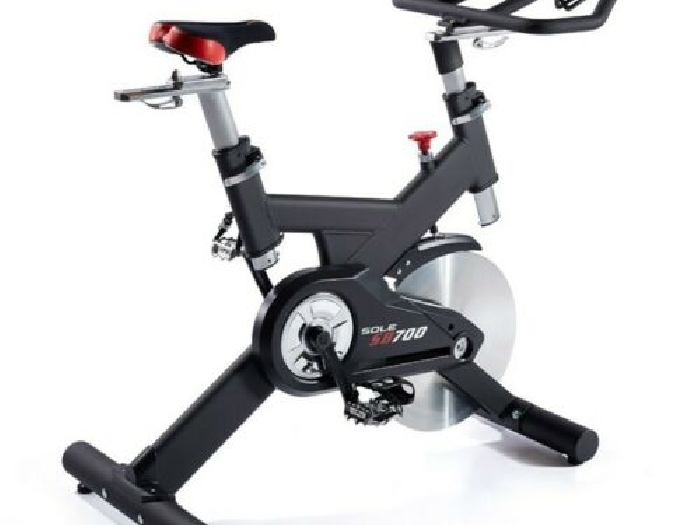 Vélo Indoor Cycling Sole Fitness SB700